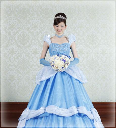 シンデレラをイメージしたドレス