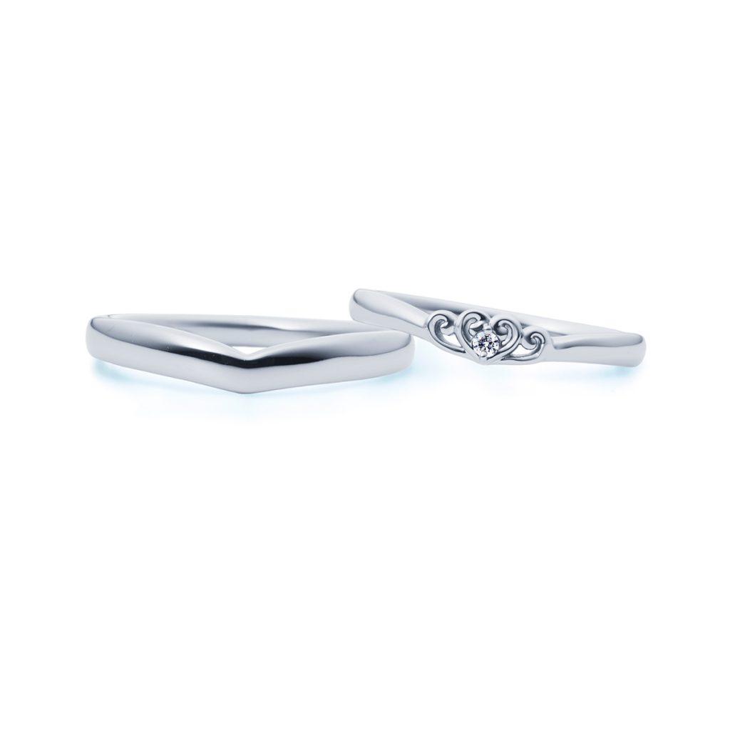 結婚指輪:V字